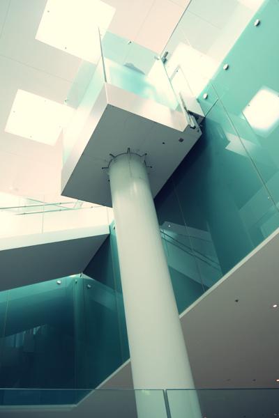金沢21世紀美術館・地下エレベーター